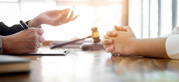 Find a lawyer in Longueuil as soon as you know you have suffered an injury or damage