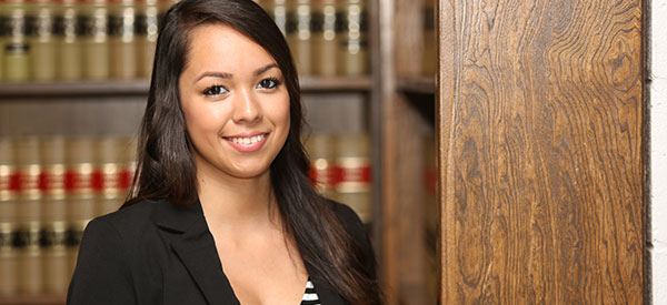 An immigration lawyer can help ensure the success of your Canadian immigration or citizenship case.