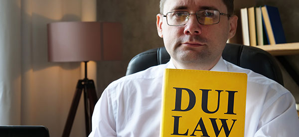 Criminal lawyers handle cases for impaired or drunk driving successfully.
