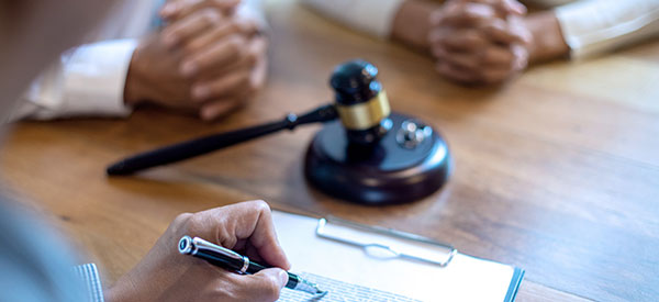 Quebec court provides family mediation services to try to settle family disputes out of court.