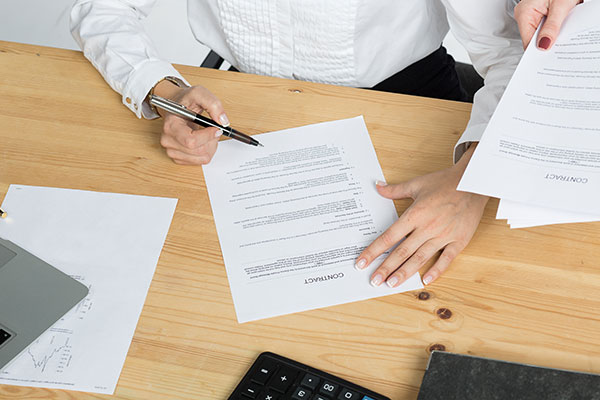 Contract law is a lawyer's expertise and offers many benefits for businesses.